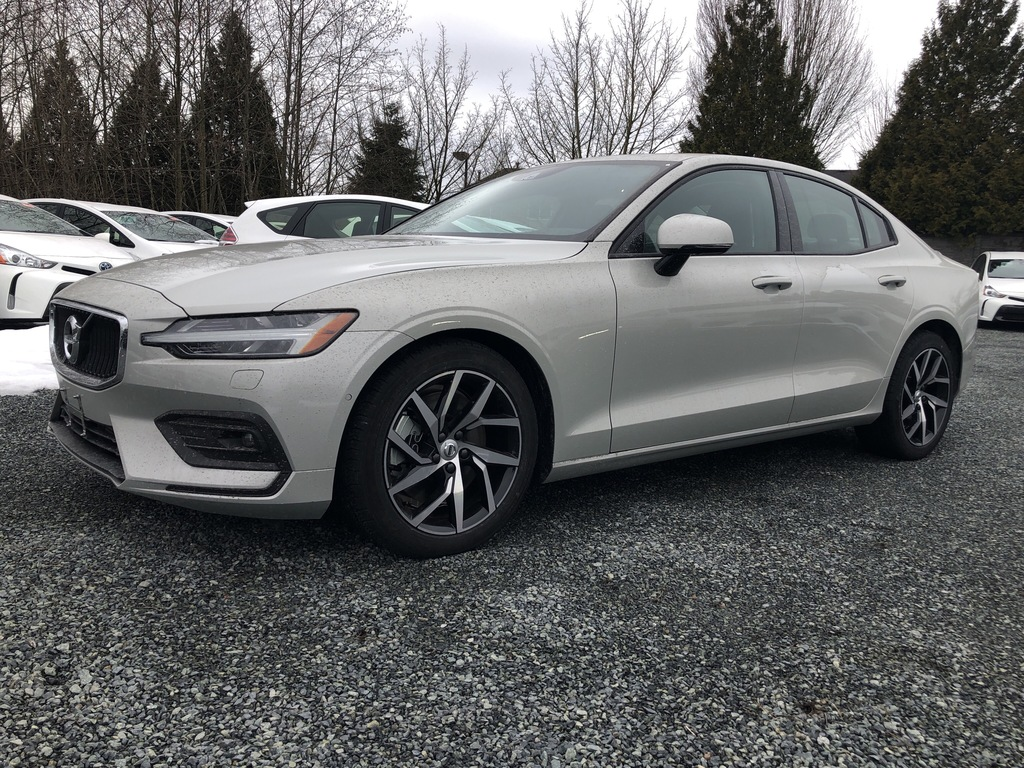c2be8820b3e New 2019 Volvo S60 T6 AWD Momentum DEMO SALE ON NOW! Sedan for Sale  #S601876 | Jim Pattison Volvo of Surrey
